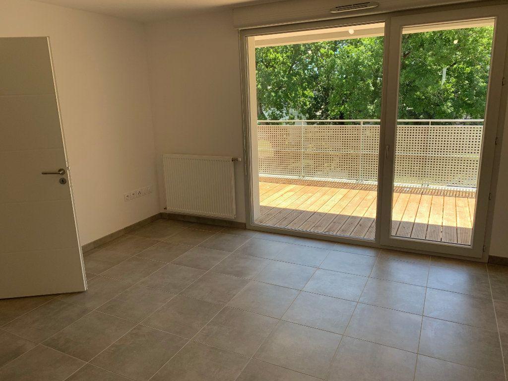Appartement à louer 2 43.96m2 à Toulouse vignette-2