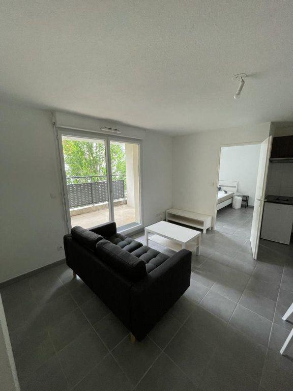 Appartement à louer 2 42.58m2 à Toulouse vignette-2