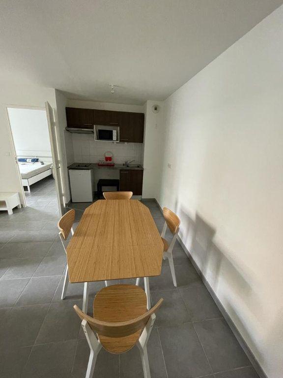Appartement à louer 2 42.58m2 à Toulouse vignette-3