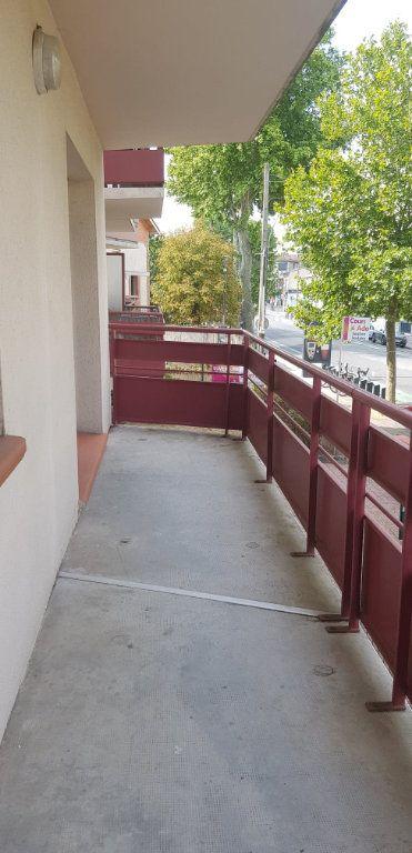 Appartement à louer 3 59.47m2 à Toulouse vignette-3