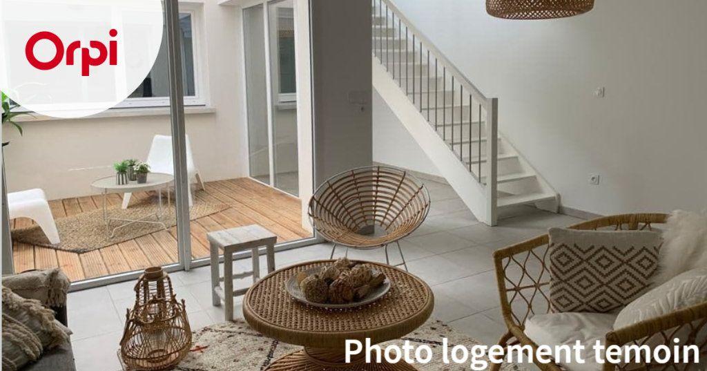 Maison à louer 4 102.09m2 à Toulouse vignette-1