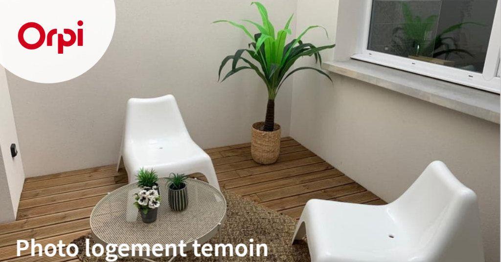 Maison à louer 4 102.09m2 à Toulouse vignette-2
