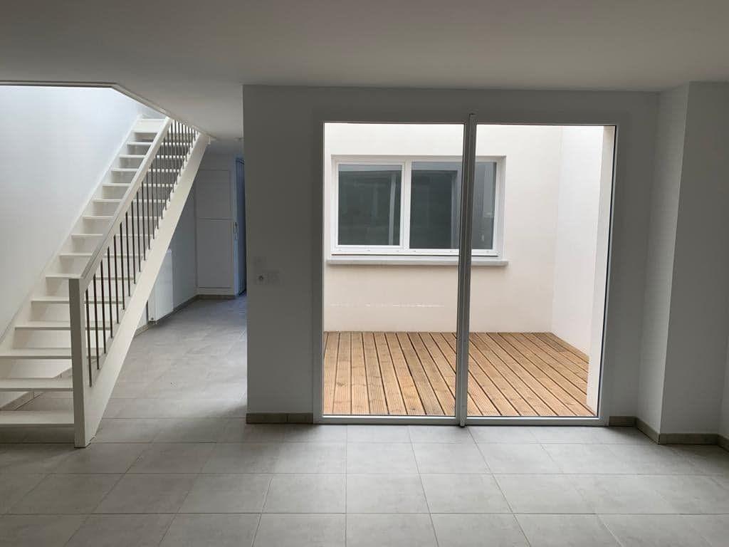 Maison à louer 4 102.09m2 à Toulouse vignette-6