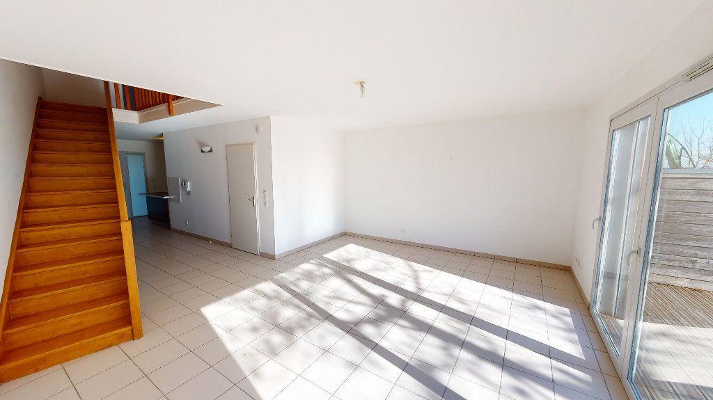 Appartement à vendre 4 97.32m2 à Toulouse vignette-2