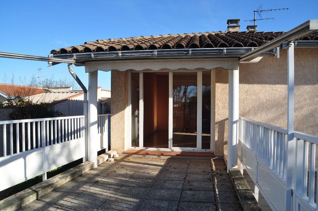 Maison à vendre 3 103m2 à Toulouse vignette-1