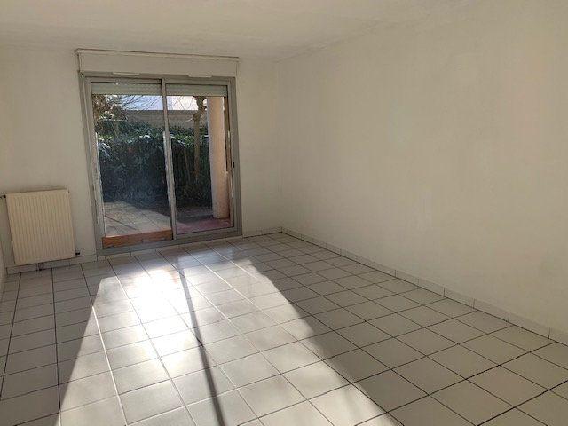 Appartement à louer 3 67.56m2 à Toulouse vignette-3