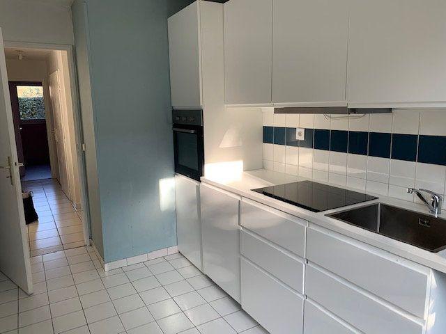 Appartement à louer 3 67.56m2 à Toulouse vignette-4