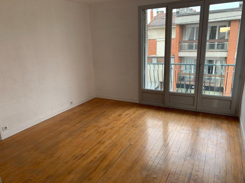 Appartement à louer 4 66.17m2 à Toulouse vignette-1