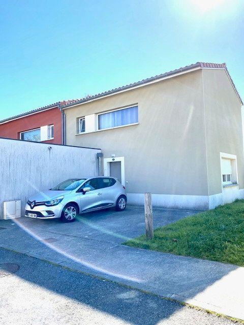 Maison à vendre 4 82.6m2 à Tournefeuille vignette-8