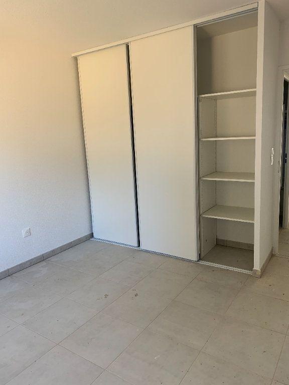 Appartement à louer 3 63.72m2 à Saint-Orens-de-Gameville vignette-6