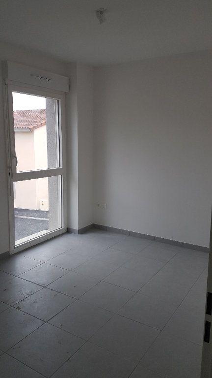 Maison à louer 4 88.58m2 à Rouffiac-Tolosan vignette-5