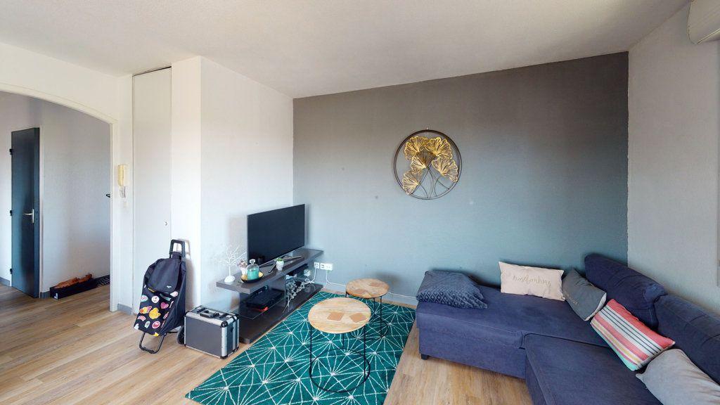 Appartement à louer 2 50.07m2 à Toulouse vignette-2