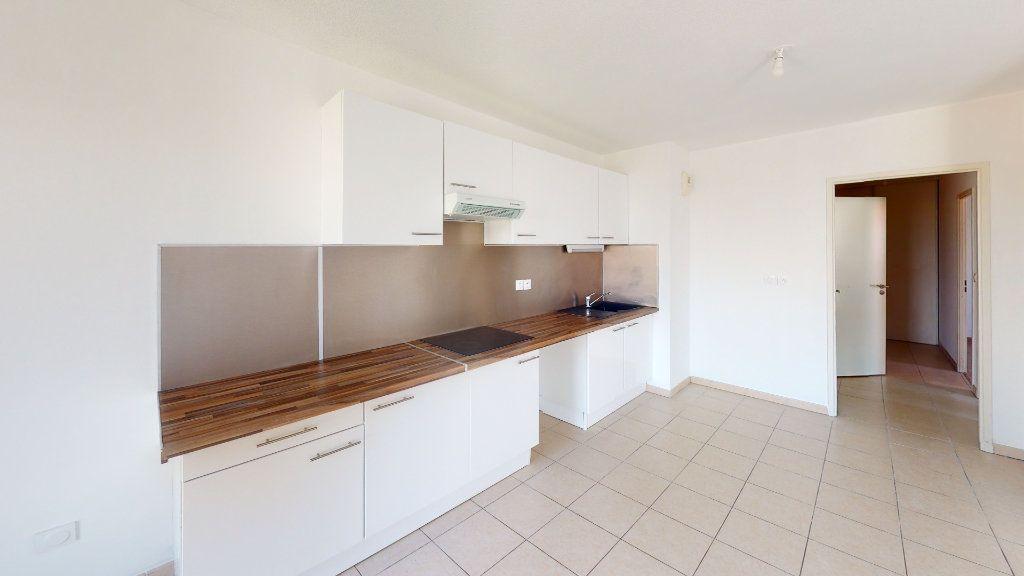 Appartement à louer 3 66.92m2 à Toulouse vignette-1