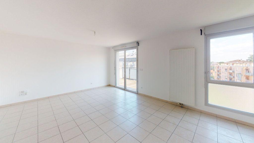 Appartement à louer 3 66.92m2 à Toulouse vignette-2