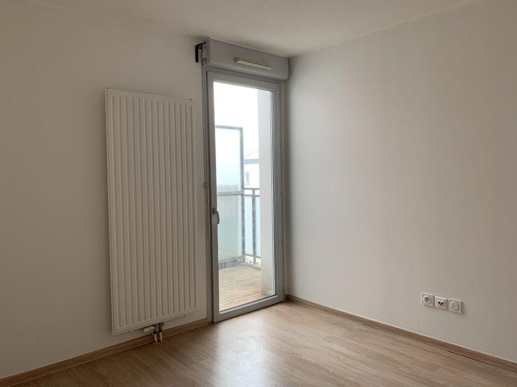 Appartement à louer 3 66.92m2 à Toulouse vignette-5