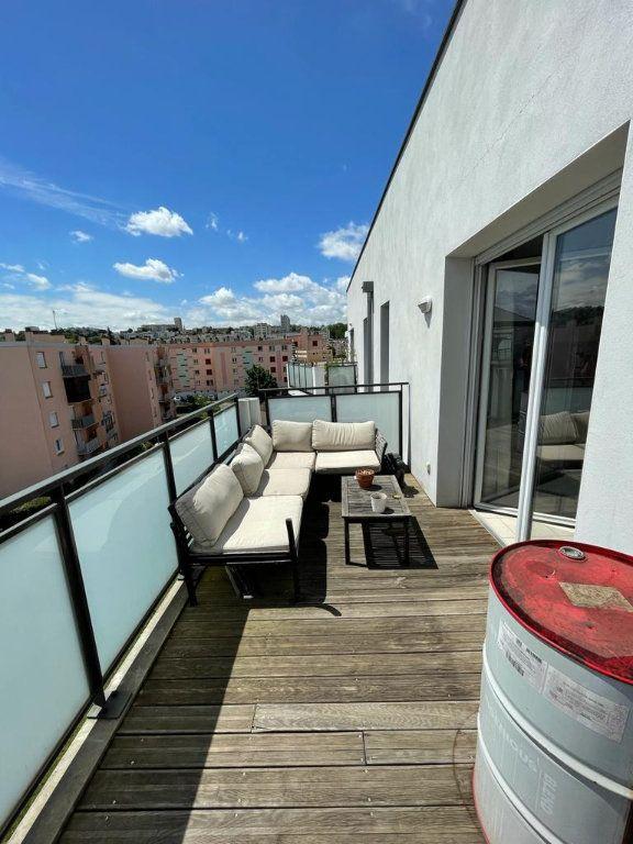 Appartement à louer 3 66.92m2 à Toulouse vignette-6