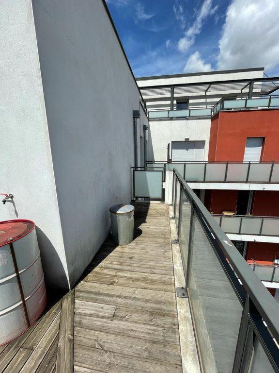 Appartement à louer 3 66.92m2 à Toulouse vignette-7