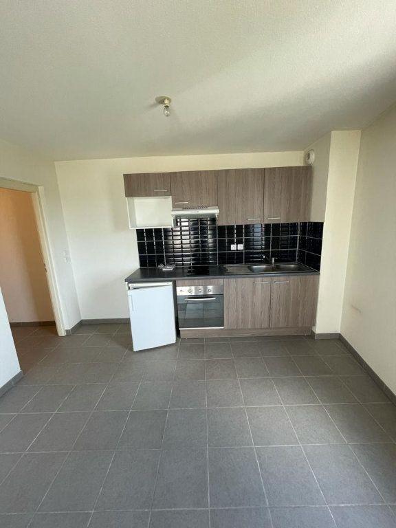 Appartement à louer 2 47.4m2 à Balma vignette-2