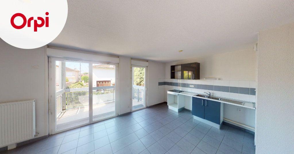 Appartement à louer 3 63.88m2 à Toulouse vignette-1
