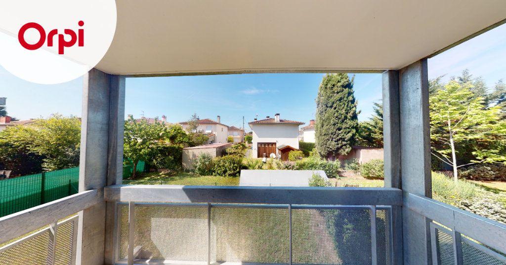 Appartement à louer 3 63.88m2 à Toulouse vignette-3