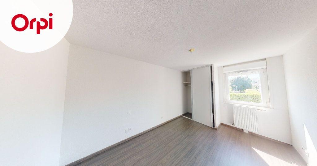 Appartement à louer 3 63.88m2 à Toulouse vignette-8