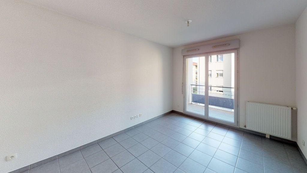 Appartement à louer 3 50.82m2 à Toulouse vignette-3