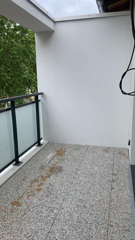 Appartement à louer 3 59.72m2 à Saint-Jory vignette-6