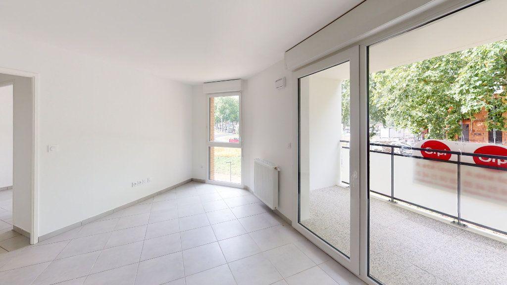 Appartement à louer 3 57.95m2 à Saint-Jory vignette-4