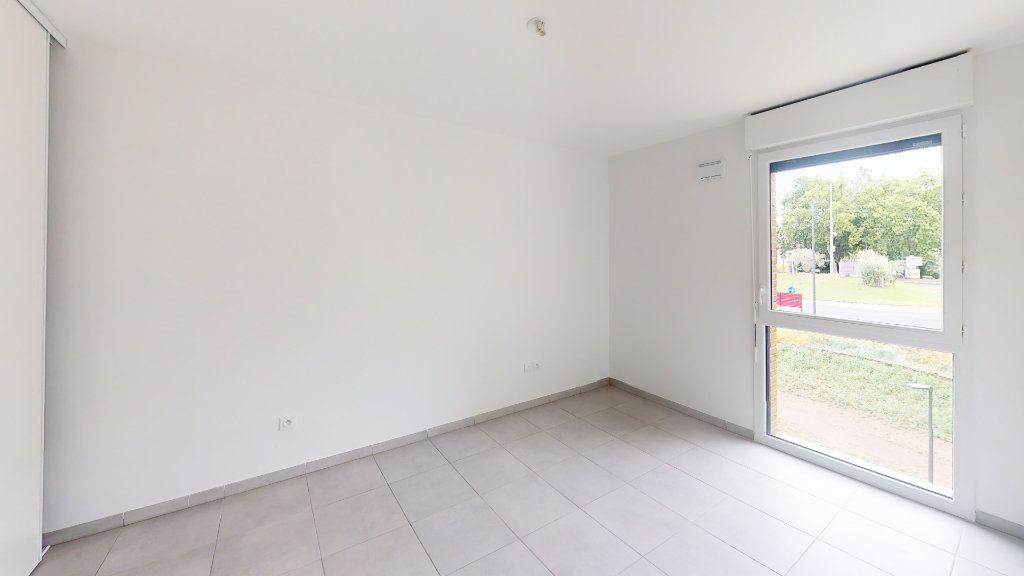 Appartement à louer 3 57.95m2 à Saint-Jory vignette-5