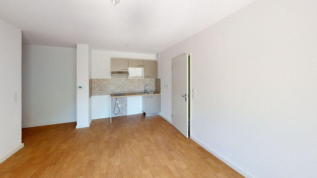 Appartement à louer 2 41m2 à Cugnaux vignette-1