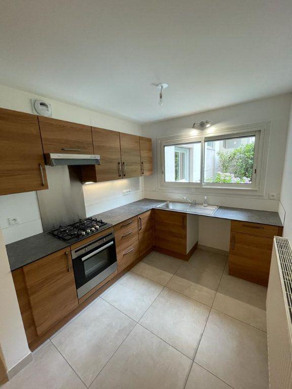 Appartement à louer 3 77.96m2 à Toulouse vignette-3