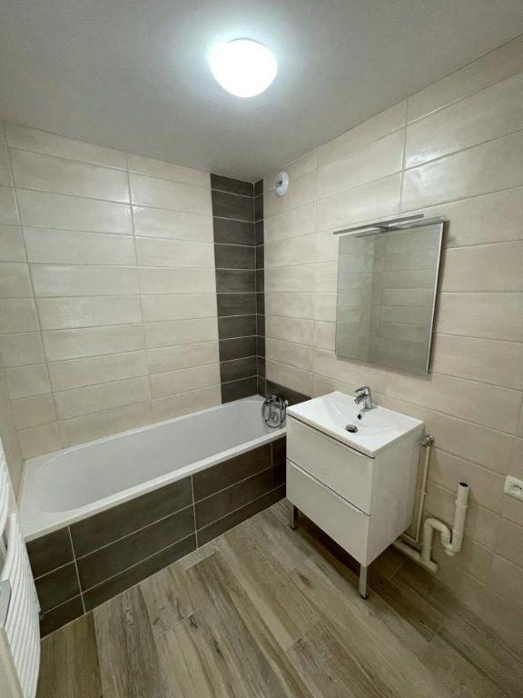 Appartement à louer 3 77.96m2 à Toulouse vignette-4