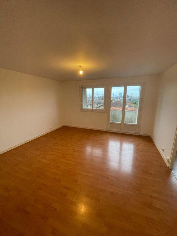 Appartement à louer 4 70.44m2 à Toulouse vignette-4