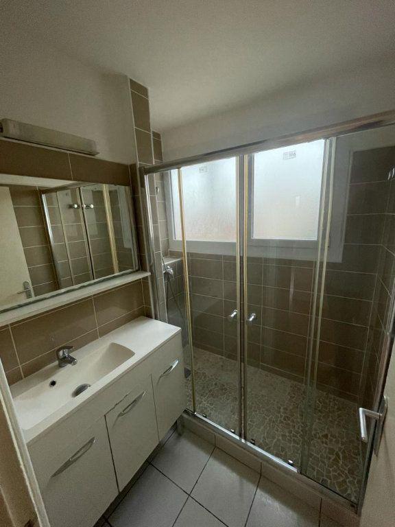 Appartement à louer 4 70.44m2 à Toulouse vignette-5