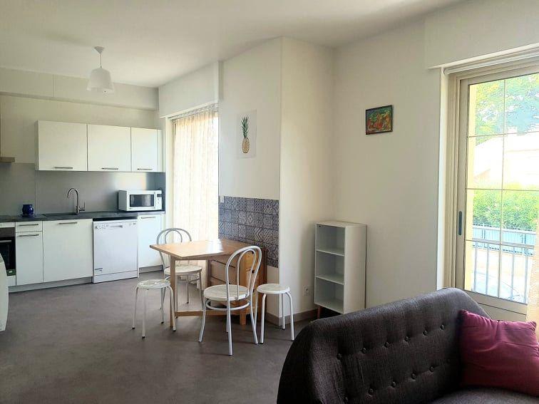 Appartement à louer 3 65.42m2 à Toulouse vignette-3