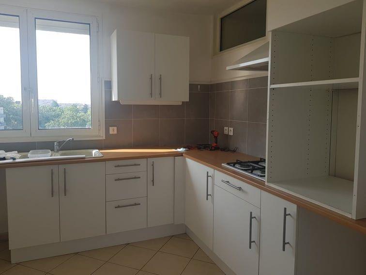 Appartement à louer 3 64.03m2 à Toulouse vignette-1