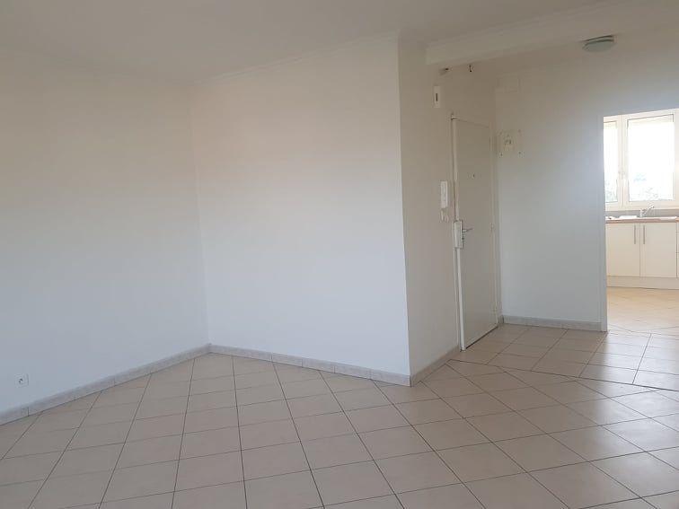 Appartement à louer 3 64.03m2 à Toulouse vignette-4