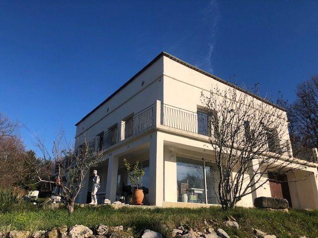 Maison à vendre 11 200m2 à Pierrelatte vignette-1