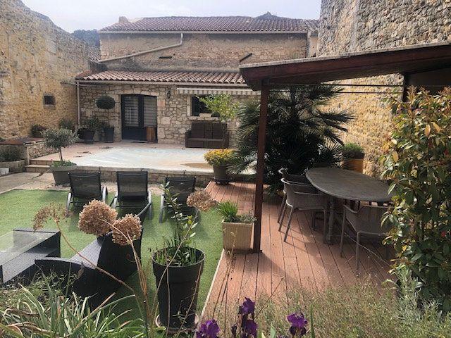 Maison à vendre 9 353m2 à Saint-Paul-Trois-Châteaux vignette-1