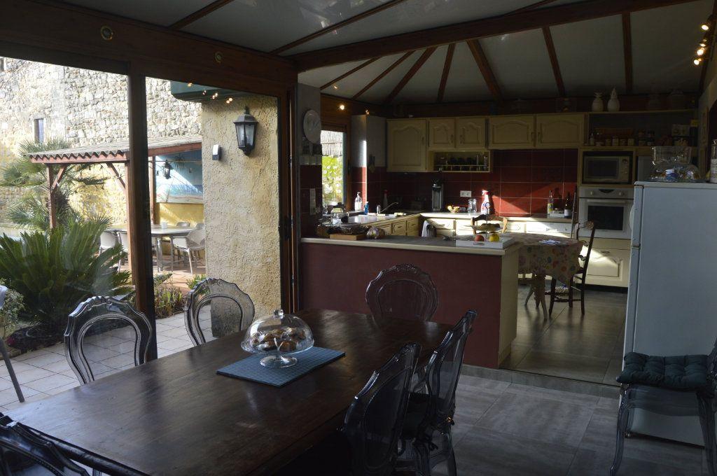 Maison à vendre 9 353m2 à Saint-Paul-Trois-Châteaux vignette-5