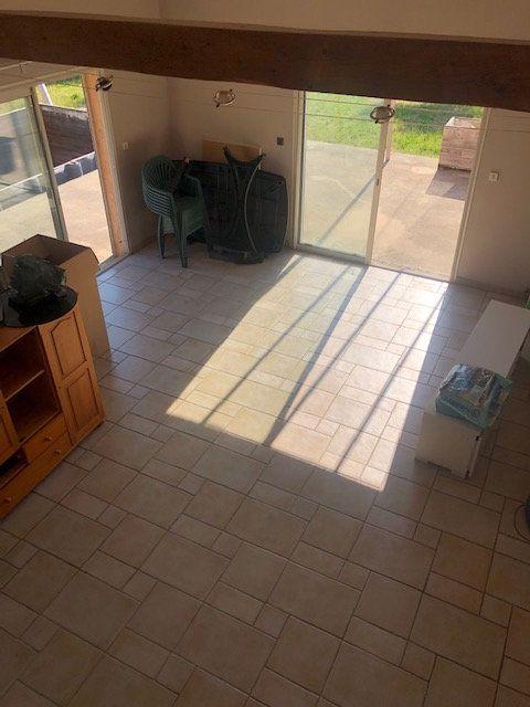 Maison à vendre 5 119m2 à Saint-Montan vignette-3