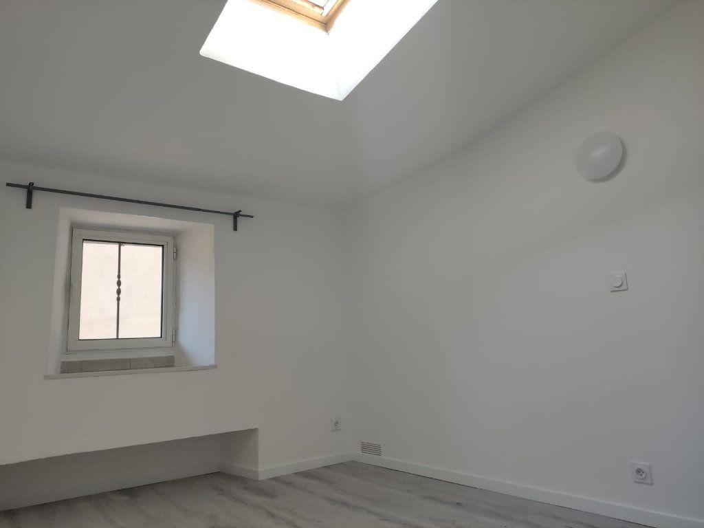 Appartement à louer 4 77m2 à Donzère vignette-5