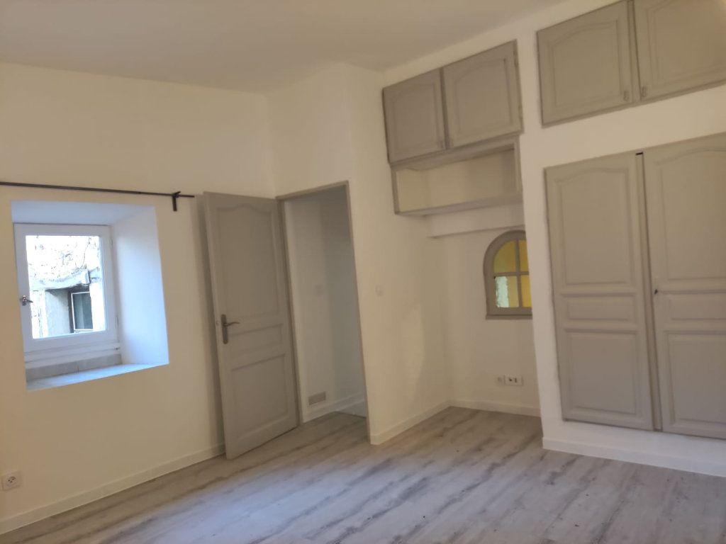 Appartement à louer 4 77m2 à Donzère vignette-7