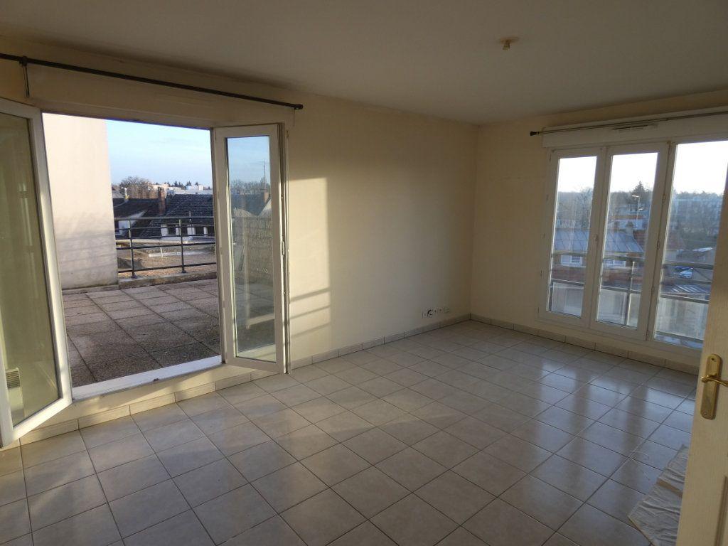 Appartement à vendre 2 42m2 à Vaires-sur-Marne vignette-3