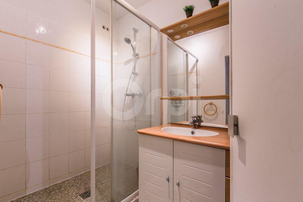 Appartement à vendre 4 81m2 à Vaires-sur-Marne vignette-5