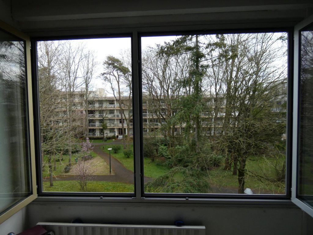 Appartement à vendre 4 81m2 à Vaires-sur-Marne vignette-9