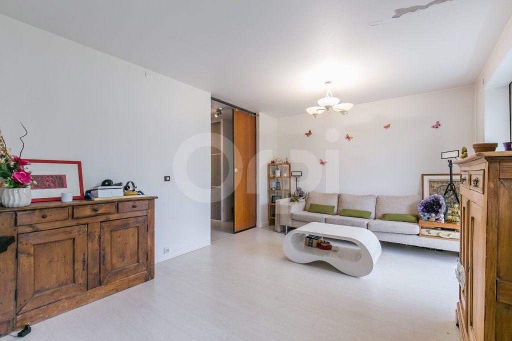 Appartement à vendre 4 81m2 à Vaires-sur-Marne vignette-10