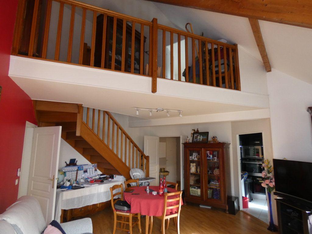 Appartement à vendre 3 86.5m2 à Vaires-sur-Marne vignette-2