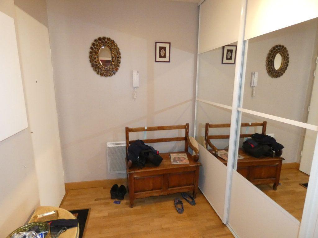Appartement à vendre 3 86.5m2 à Vaires-sur-Marne vignette-3