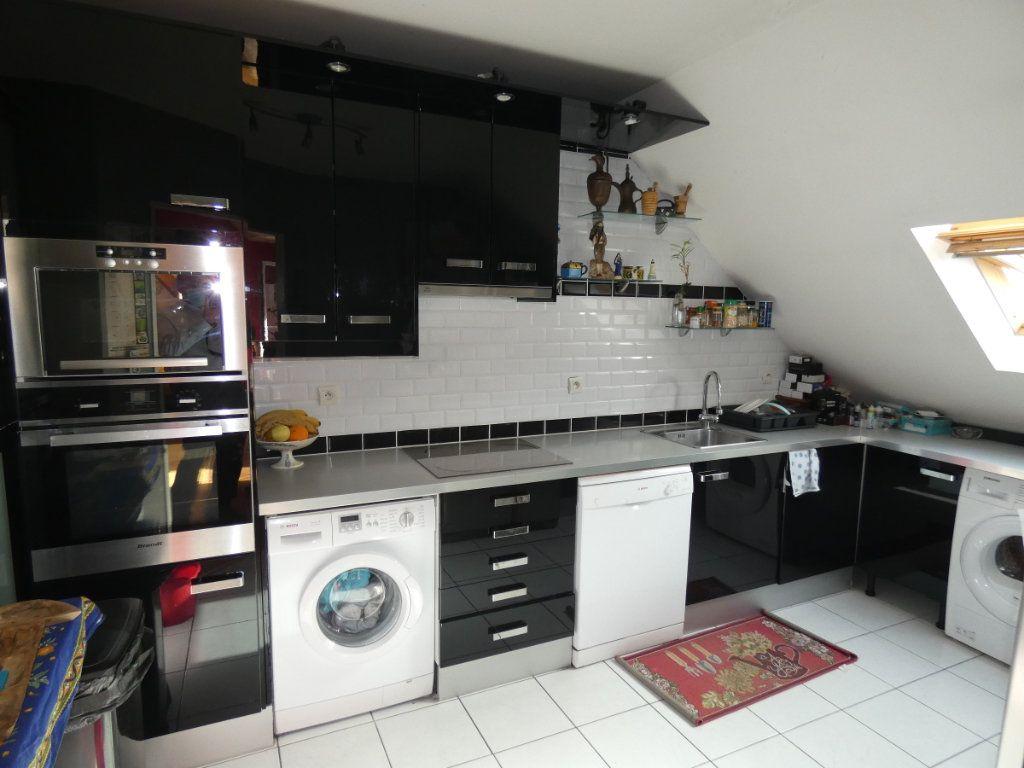 Appartement à vendre 3 86.5m2 à Vaires-sur-Marne vignette-4